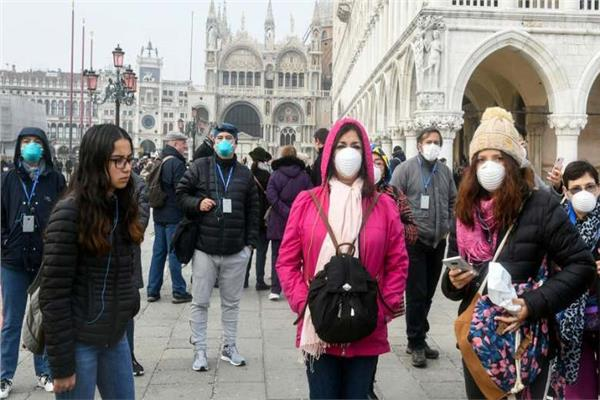 فرنسا: مدينة نيس تفرض ارتداء الكمامات في العديد من مناطقها الرئيسية
