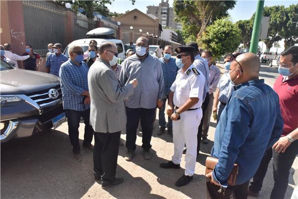 محافظ أسيوط يتفقد أعمال تطوير وتجميل كورنيش النيل