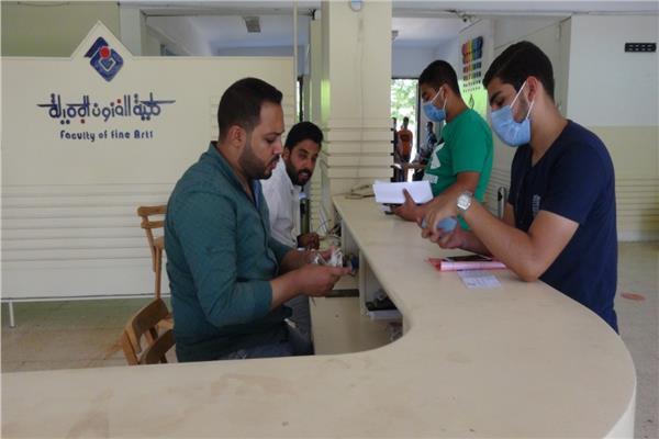 جامعة المنيا تستقبل 502 متقدم لأداء اختبارات القدرات بــ 4 كليات بيومها الأول