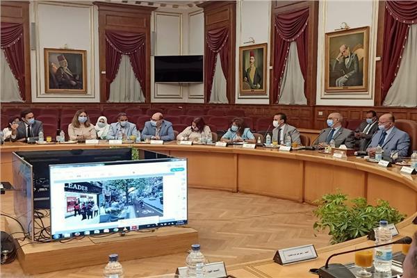 محافظ القاهرة يعقد اجتماعا لمتابعة تطوير القاهرة الخديوية