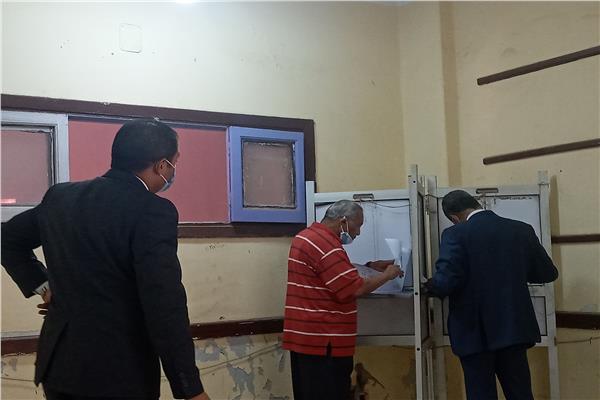 اللجان الإنتخابية