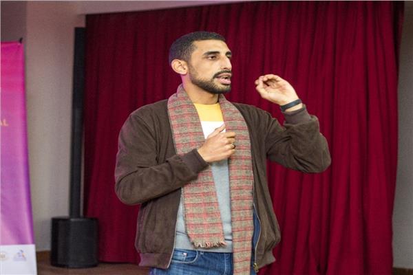 """في اليوم العالمي للشباب.. """"محمد الخولي"""" لجأ لفضاء الأنترنت وكتبت عنه الأمم المتحدة"""