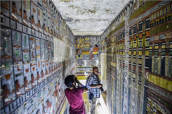 ثبات الألوان برسوم المصري القديم.. سر الخلطة «المعدنية»