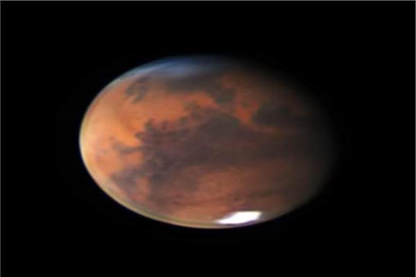 غيوم زرقاء على المريخ