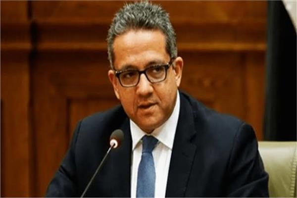 الدكتور خالد العناني وزير السياحة و الآثار