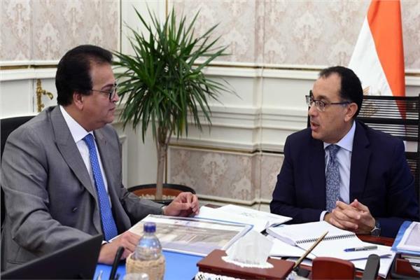 الدكتور مصطفى مدبولي مع  وزير التعليم العالي
