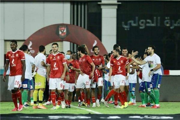 مصر المقاصة يقيم ممرا شرفيا للاعبي الأهلي