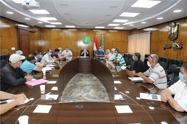 إجتماعاً تنسيقاً لبحث سبل تطوير العمل بإدرة الأزمات والكوارث وغرف العمليات بالمنوفية