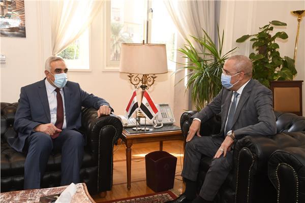 وزير الإسكان والسفير العراقى بالقاهرة