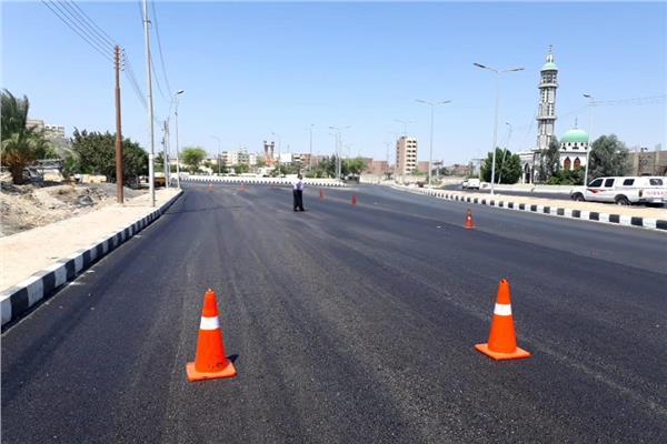 رصف طريق المدخل الجنوبي لمدينة أسيوط