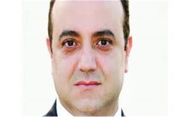 الكاتب الصحفي أسامة أبوزيد
