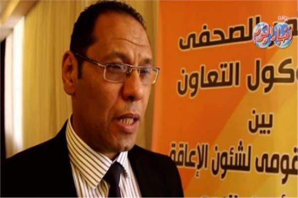 الكاتب الصحفي أحمد المراغي