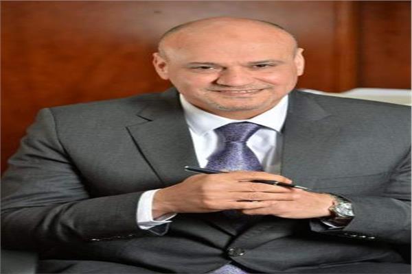 خالد ميري رئيس تحرير جريدة الأخبار