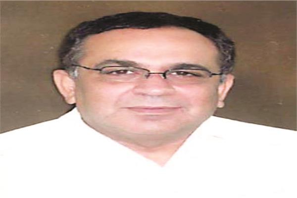 خبير الكبد العالمي د.هشام حسن