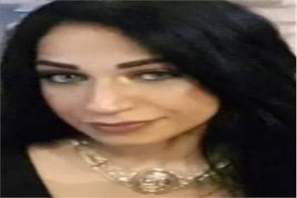 الكاتبة والشاعرة عايدة محمود