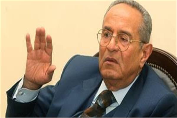 المستشار بهاء الدين أبوشقة رئيس حزب الوفد