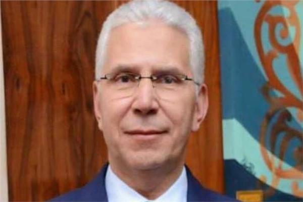 الدكتور كمال عكاشة نائب رئيس جامعة طنطا للدراسات العليا والبحوث