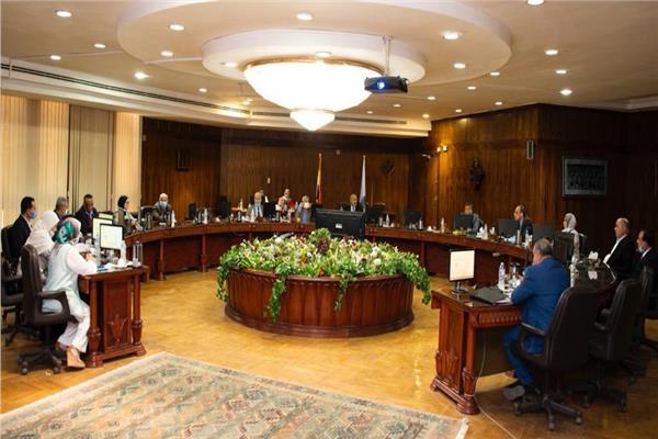 مجلس جامعة طنطا يرسل برقية تهنئة للرئيس السيسي بالذكرى الـ 47 لانتصارات أكتوبر