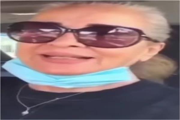 الفنانة نجلاء فتحي