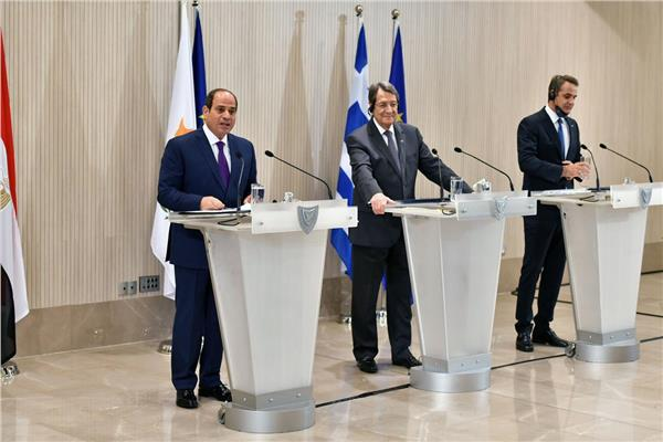 الرئيس السيسي خلال مشاركته في المؤتمر الصحفي عقب القمة الثلاثية