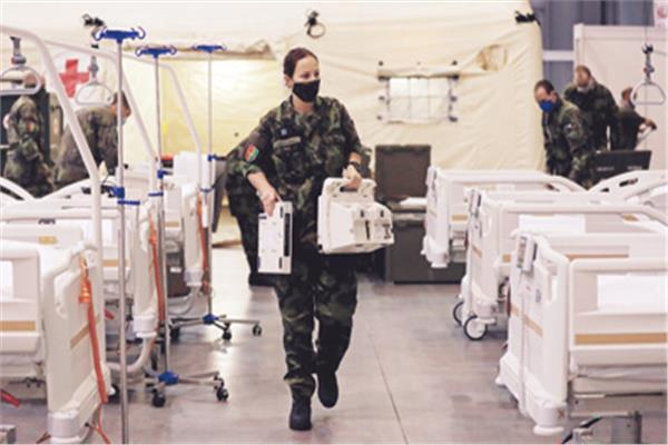 مركز طبى مؤقت لاستيعاب مصابي كورونا فى براج بالتشيك «صورة من رويترز»