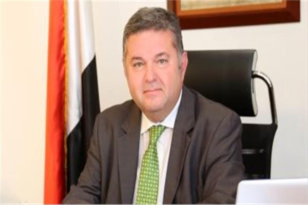 هشام توفيق وزير قطاع العمال العام