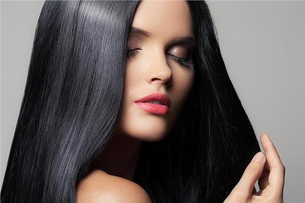 صبغة شعر باللون الأسود