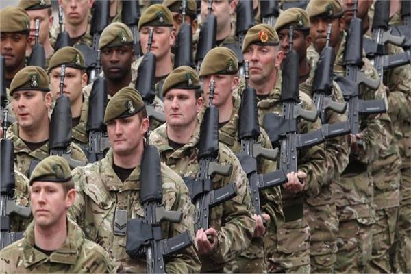 روسيا تعلن بدء تطعيم أفراد القوات المسلحة ضد «كورونا»