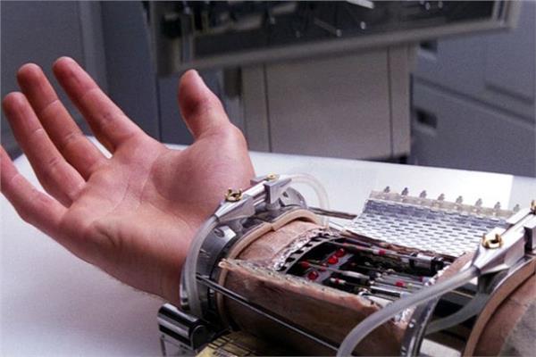 صورة السعودية تطور جلداً صناعياً يشبه جلد الإنسان وقادر على إصلاح نفسه 5000 مرة