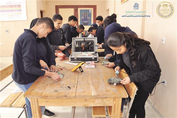 صورة انطلاق أول مدرسة للتكنولوجيا الحيوية خلال أسابيع