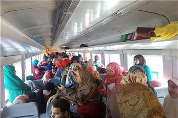 «عربات للسيدات» بالقطارات