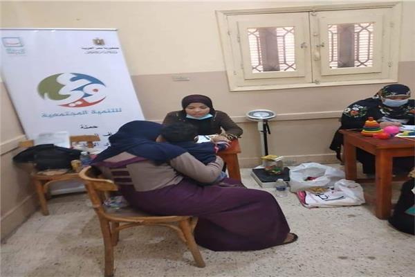 بدء الكشف المبكر عن إعاقة الأطفال بقرى «حياة كريمة» في سوهاج