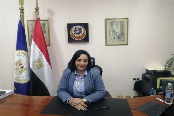 نائبة وزير السياحة و الأثار لشئون السياحة د. غادة شلبي