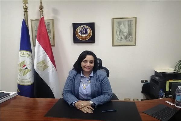 نائبة وزير السياحة و الآثار لشئون السياحة د. غادة شلبي