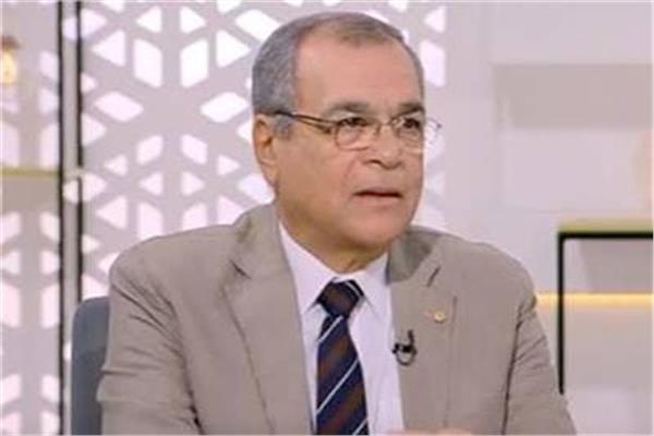 المهندس مدحت يوسف نائب رئيس هيئة البترول الأسبق