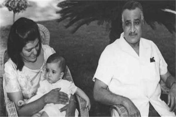 الرئيس جمال عبدالناصر برفقة زوجته - أرشيفية