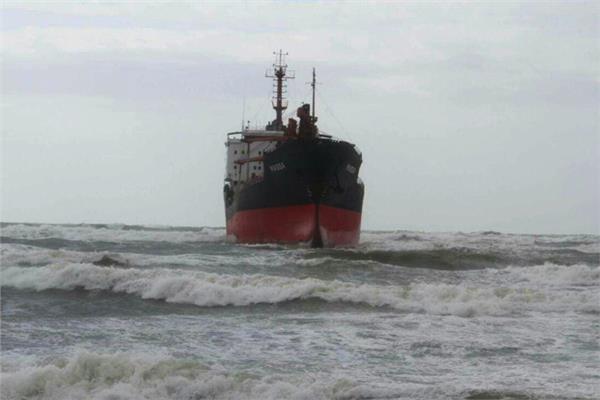 عاصفة على الساحل السوري