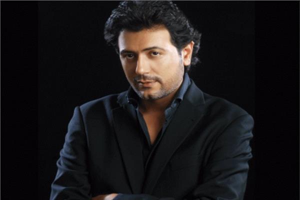 الفنان أحمد وفيق