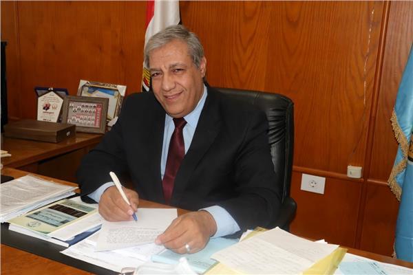 الدكتور خيري عبد الحميد