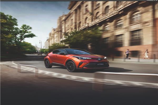 السيارة Toyota C-HR Facelift