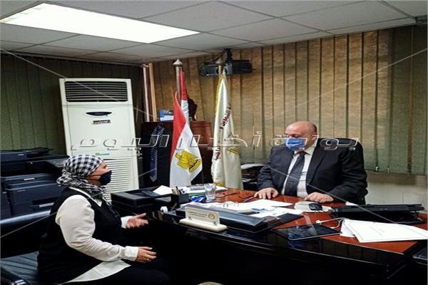 مستشار وزير التموين مع محرر بوابة أخبار اليوم