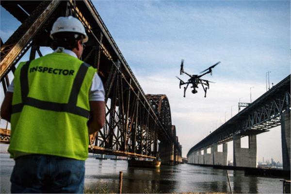 صورة الطائرات بدون طيار تساهم في تأمين السدود والجسور| فيديو