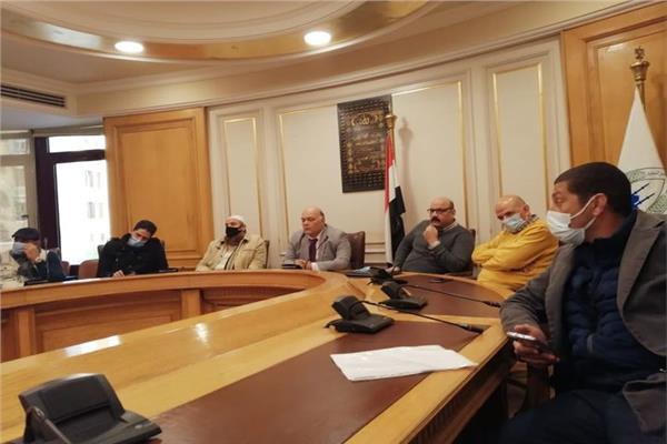 جانب من اجتماع شعبة مستغلي المحاجر والرخام والجرانيت