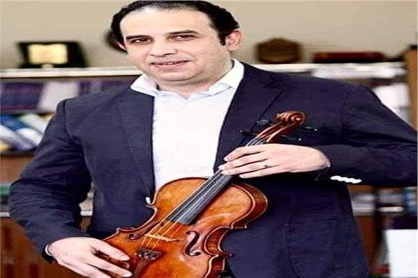 الدكتور أشرف هيكل عميد المعهد العالي للموسيقى العربية