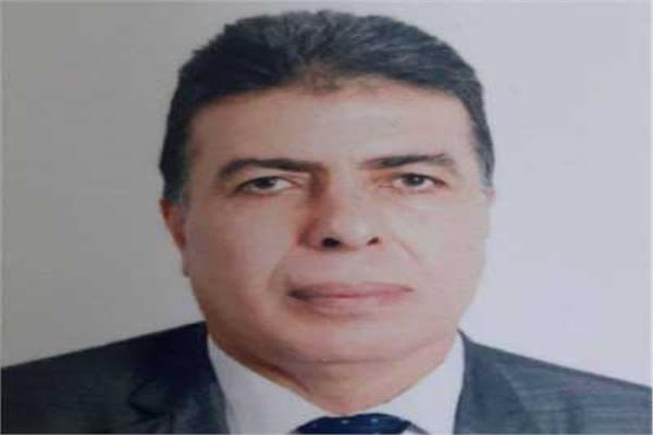 أنور فوزي رئيس مصلحة الضرائب العقارية