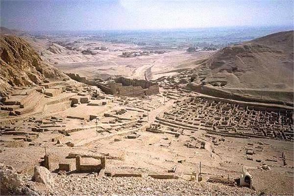 قرية «الدير» بالأقصر
