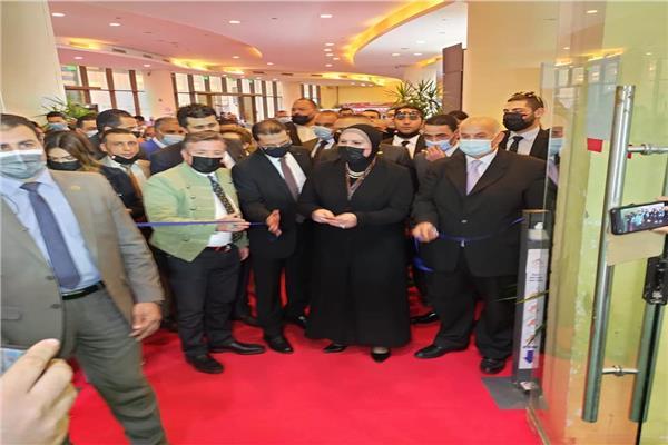 خلال افتتاح وزيرة الصناع لدورة ال 15 لمعرض القاهرة الدولي للجلود