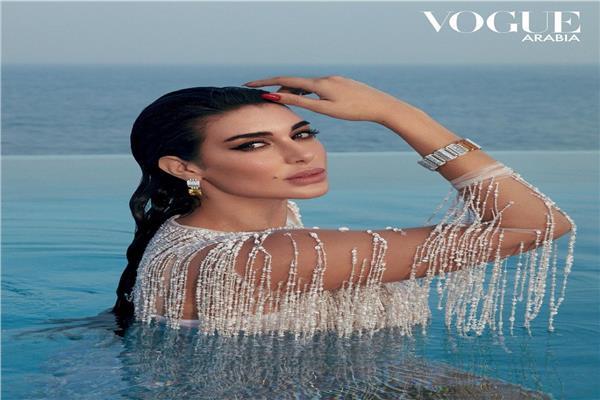 ياسمين صبري على غلاف مجلة Vogue