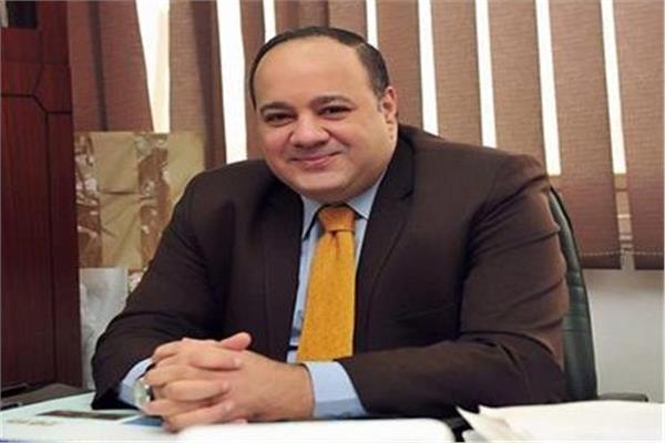 الكاتب الصحفي أحمد جلال