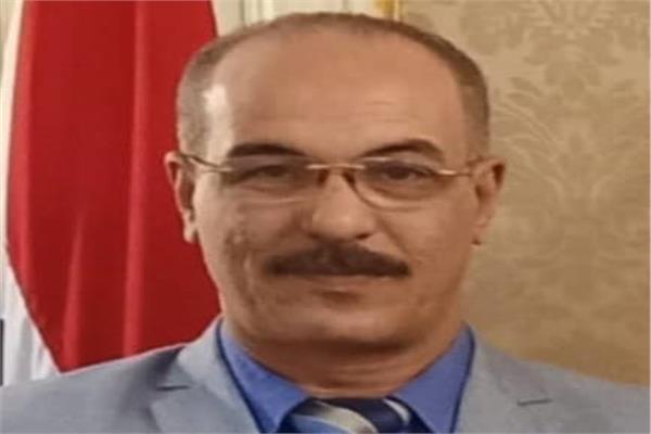 أحمد السيد الدبيكي نقيب العلوم الصحية